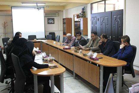 اولین جلسه  کارگروه مطالبات با حضور کارشناسان درآمد و مسئولین مطالبات مناطق برگزار گردید.