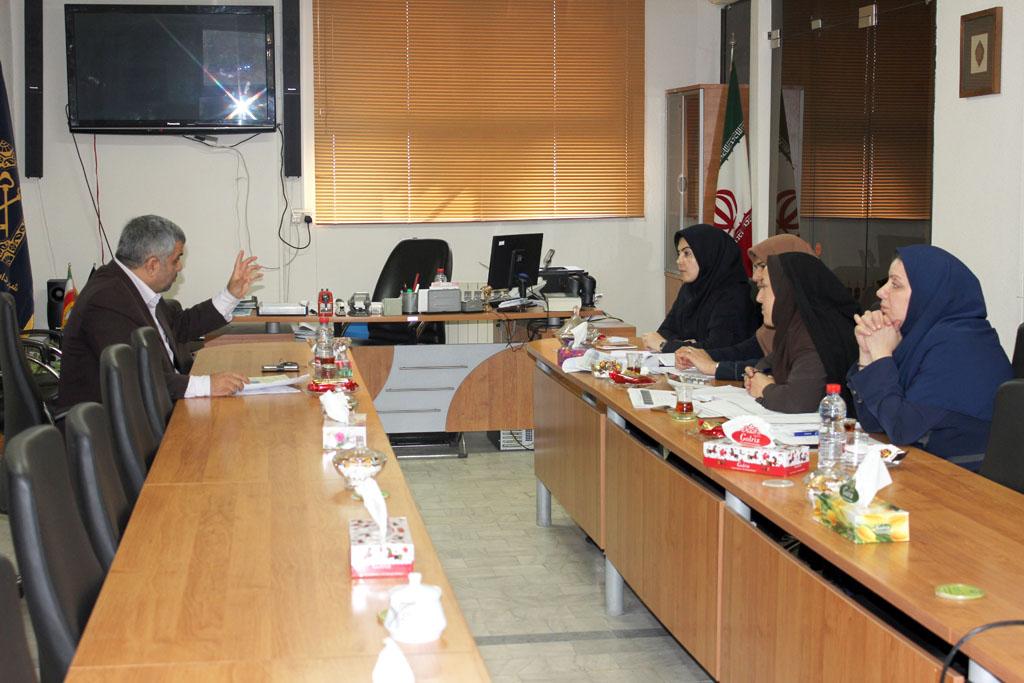 جلسه مشترک شهرداری و شرکت گاز استان گیلان در خصوص بررسی مطالبات فیمابین