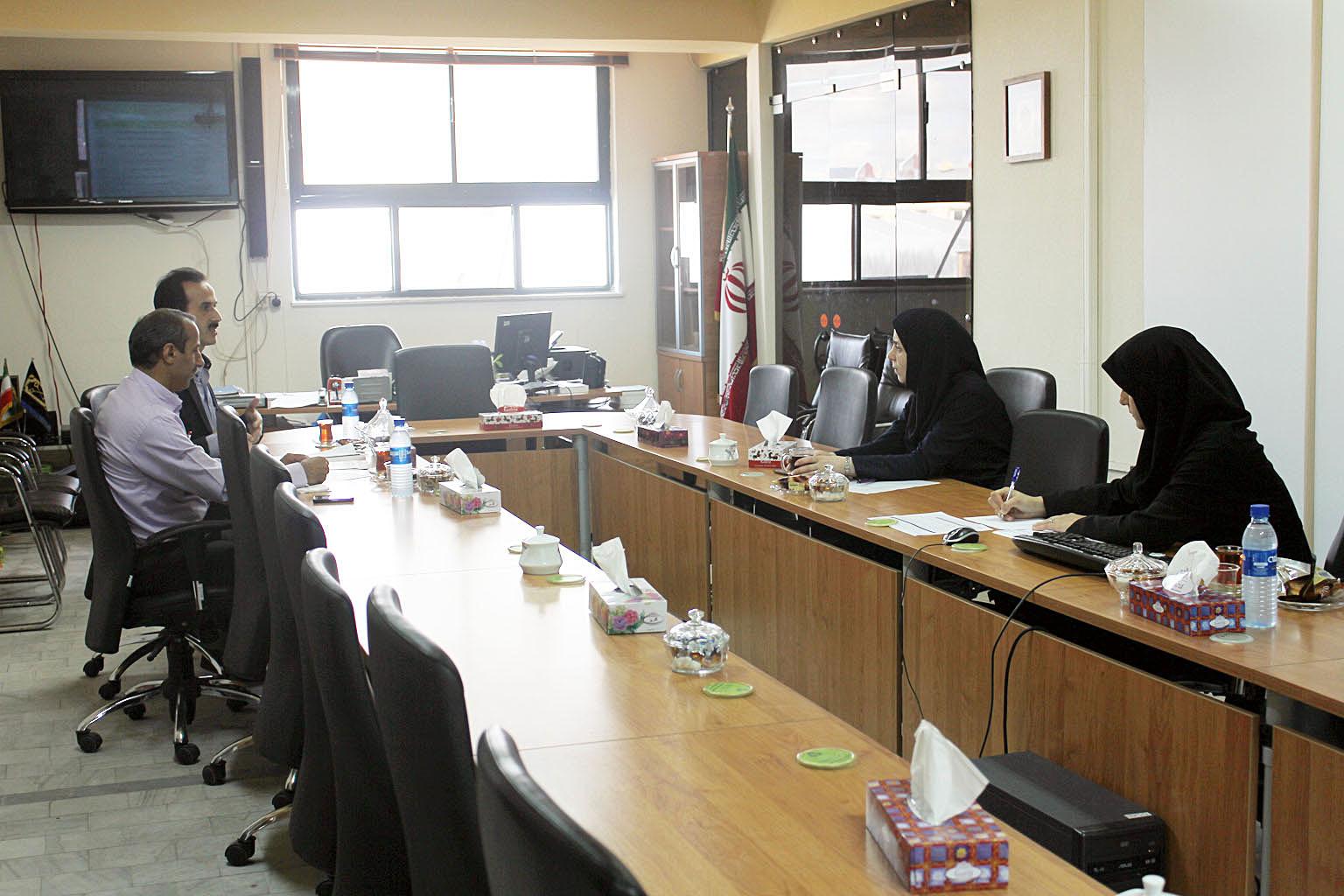 جلسه بررسی و تدوین لایحه تعرفه بهای خدمات سال 1396 مربوط به  سازمان فضای سبز
